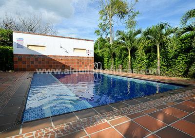 cabanas-en-villavicencio-rincon-de-apiay-piscina2 (1)