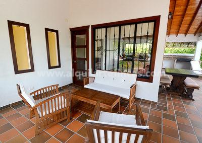 cabanas-en-villavicencio-rincon-de-apiay-sala