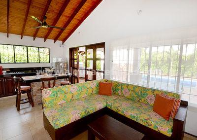 cabanas-en-villavicencio-rincon-de-apiay-sala4